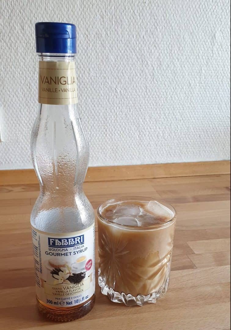 Mixing the vanilla and caramel syrup is the cherry on the topping for an iced coffee